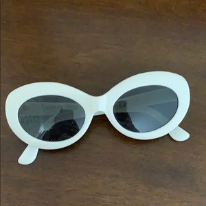 Raen retro white sunglasses